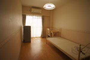 Room #402