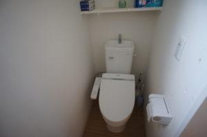 トイレ(各階1室)
